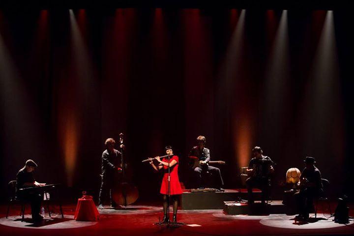 Viviane sings Piaf - Festival das Camelias